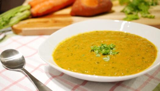 Kale, Carrot & Turmeric Bisque