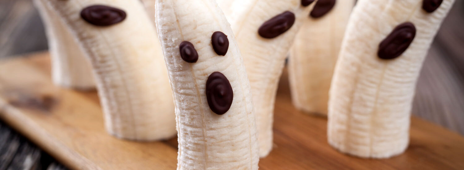 Halloween recipe: Two-Ingredient Banana Ghosts | Plant-based, vegan, gluten-free oil-free, salt-free | Naked Food Magazine