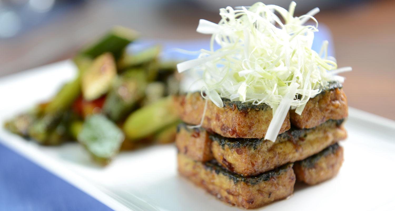 Maple Tofu Steaks | Naked Food Magazine
